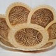 Тарелки из дерева с подлаковой росписью фото
