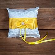 Свадебная подушечка для колец с желтым бантом (арт. CR-209) фото