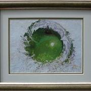 Картина Сочное яблоко, ручная работа фото