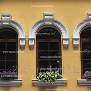 Карнизы, арочные карнизы, колонны, полуколонны, плоские колонны, капители, базы и др. декоративные элементы фото