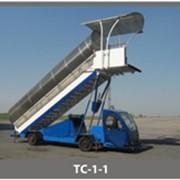 Самоходные пассажирские трапы типа ТС фото