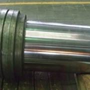 Нанесение износостойкого стального покрытия на рабочую поверхность шток-поршня гидроцилиндра прошивня фото