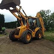JSB 4CX Servicii buldoexcavator фото
