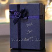 Лазерная гравировка на подарочной коробке фото