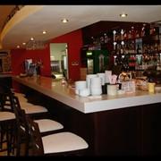 Барные стойки из камня для кафе, ресторанов фото