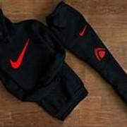 Костюм спортивный мужской Nike, черный с капюшоном (красный логотип) фото