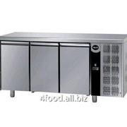 Стол холодильный Apach AFM 03 трехдверный фото
