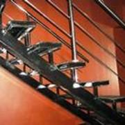 Изготовление эксклюзивных лестниц фото