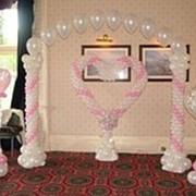 Оформление свадебных торжеств воздушными шарами. фото