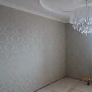 Обивка (драпировка) стен тканью фото