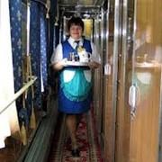 Доставка в поезда еды и горячих напитков фото