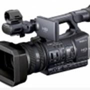 Видеокамера HDR-AX2000E фото