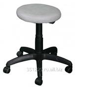 Офисный стул с подъемным механизмом фото