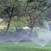 Система полива участков, автоматическая система полива. фото