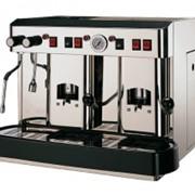 Профессиональная кофемашина Cecilia (2 группы) фото