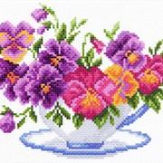 Рисунок на канве р.23/28 Чашка с виолой фото
