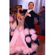 Костюмы для бальных танцев фото