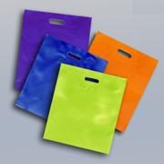 Пакеты-майки ПНД с флексографической печатью и без, серийные ширина 15-45 см, 45-80 см. фото