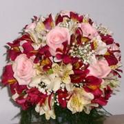 Круглый букет для невесты. фото