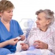 Сиделка-компаньонка, сиделка с проживанием, сиделка в больницу, сиделка-домработница фото