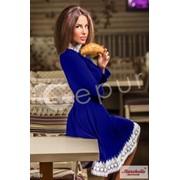 Платье синее с кружевом белого цвета - 6660 фото
