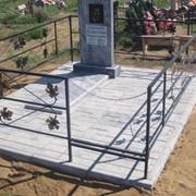 Памятник мраморный прямой формы фото