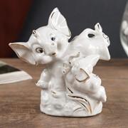 """Сувенир керамика """"Игры слонят"""" белые с золотом 10х6х10,2 см фото"""
