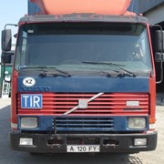 Тентованный фургон Volvo Fh12 фото