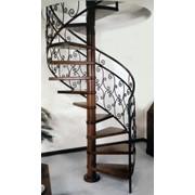 Металлические каркасы лестниц фото
