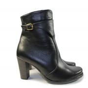 Черный ботинок женский на каблуке фото