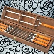 Набор подарочный 1, шампуры для шашлыка с деревянными ручками фото