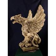Скульптура грифона фото
