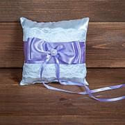 Свадебная подушечка для колец с сиреневой лентой (арт. CR-207) фото