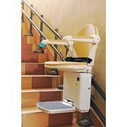 Наклонные и вертикальные платформы для инвалидов фото